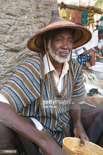 Tirelli, man at the market