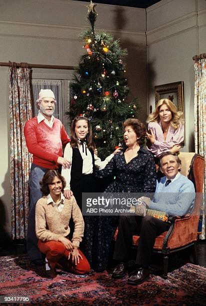 FAMILY 'Tis the Season Season Five 12/24/79 A preChristmas argument with Willie nearly gave Doug a heart attack Buddy invited her school's janitor to...