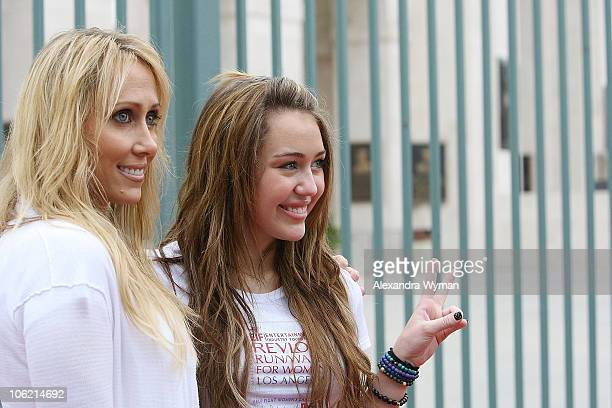 Tish and Miley Cyrus attend The 16 Annual Entertainment Industry Foundation Revlon Run/Walk for Women held at The Los Angeles Memorial Coliseum on...