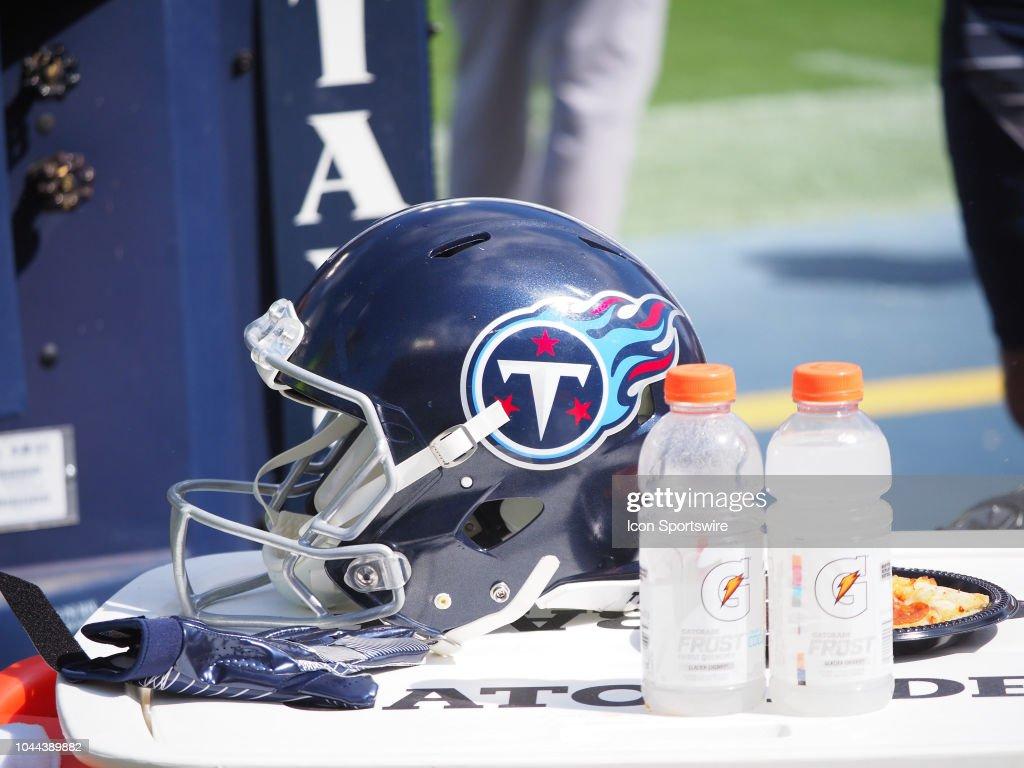 NFL: SEP 30 Eagles at Titans : Fotografia de notícias