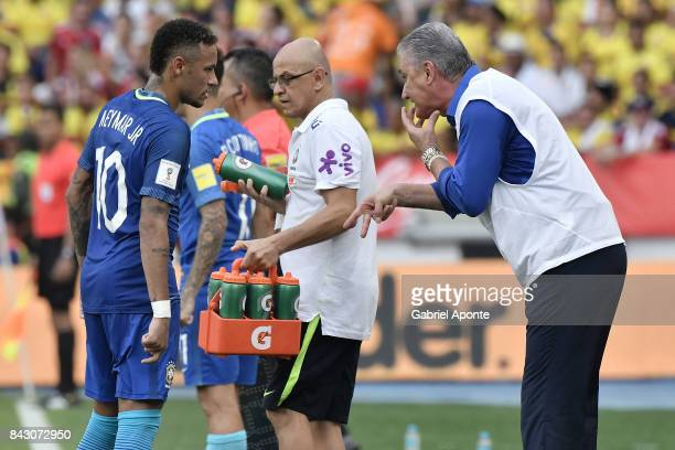 Tite coach of Brazil gives instructions to Neymar Jr of Brazil during a match between Colombia and Brazil as part of FIFA 2018 World Cup Qualifiers...