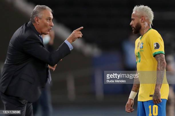 Tite head coach of Brazil gives instructions to Neymar Jr. Of Brazil during a match between Brazil and Peru as part of Group B of Copa America Brazil...