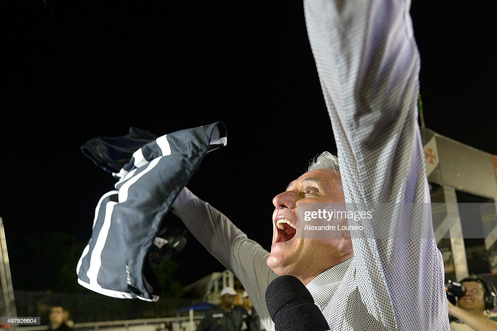 Tite , head coach of Corinthians celebrates the sixth title of Brazilian championship after the match between Vasco and Corinthians as part of Brasileirao Series A 2015 at Sao Januario Stadium on November 19, 2015 in Rio de Janeiro, Brazil.