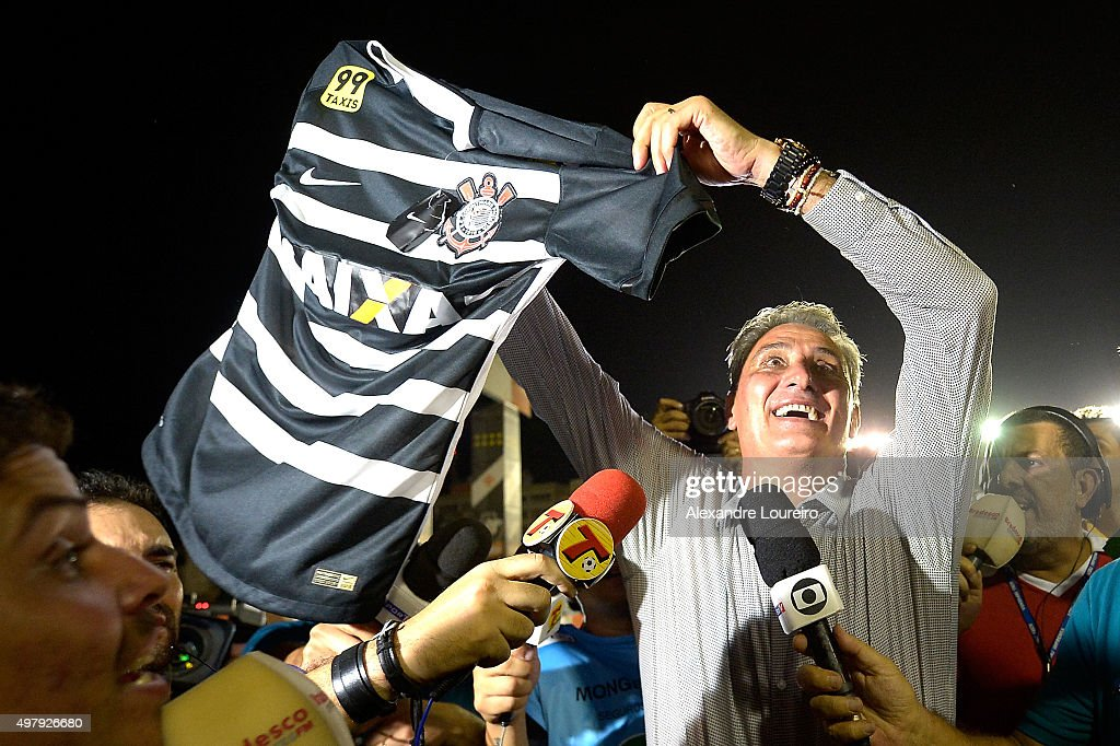 Vasco v Corinthians - Brasileirao Series A 2015 : News Photo