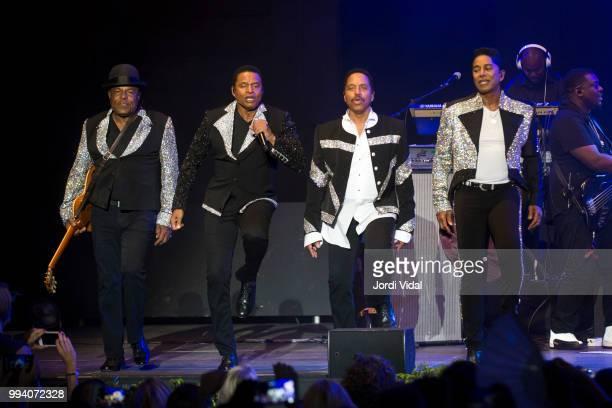 Tito Jackson Jackie Jackson Marlon Jackson and Jermaine Jackson of The Jacksons perform on stage during Festival Jardins Palau de Pedralbes on July 8...