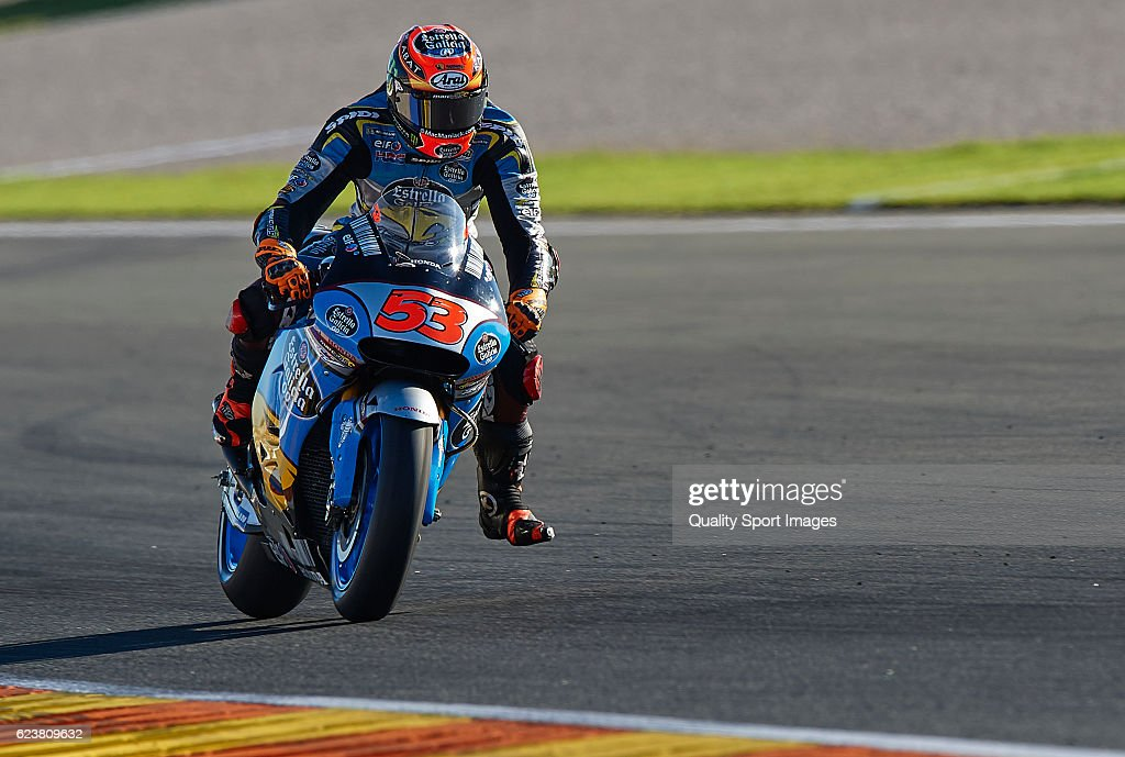 Tito Rabat of Spain and Estrella Galicia 0,0 Marc VDS Honda in action during the MotoGP Test in Valencia at Ricardo Tormo Circuit on November 16, 2016 in Valencia, Spain.