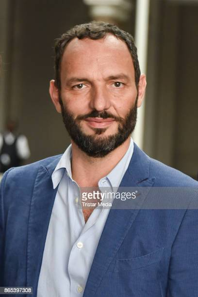 Titus Selge during the photo call to Michel Houellebecqs novel 'Unterwerfung' on October 23 2017 in Berlin Germany