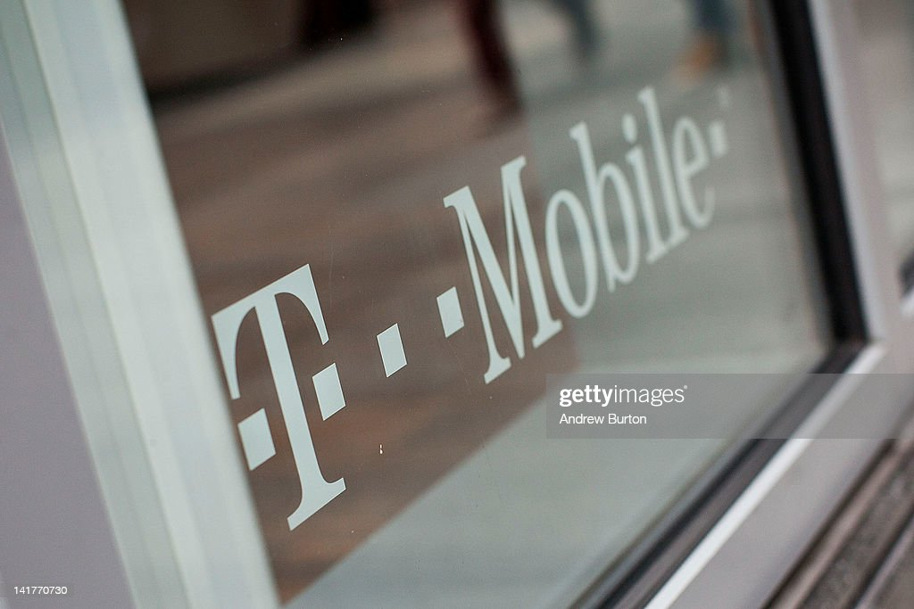 T-Mobile Announces Its Laying Off 1,900 Employees : News Photo