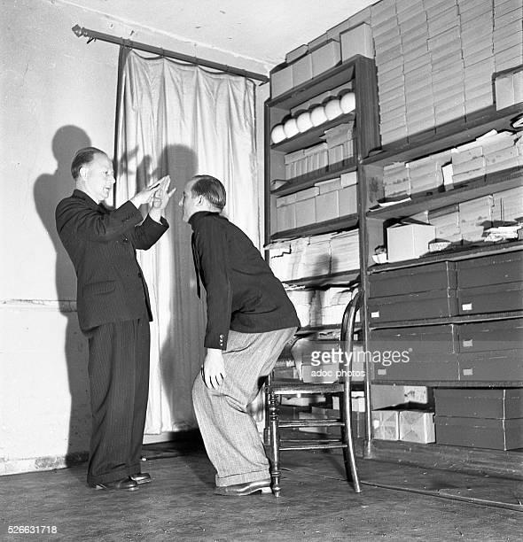 To an hypnotist In 1952
