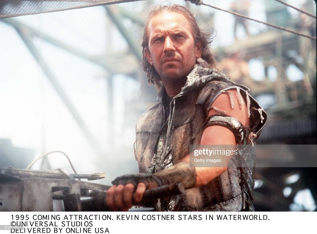 To Be Released In 1995 Waterworld A Universal Studios Picture Starring Kevin Costner : Foto jornalística