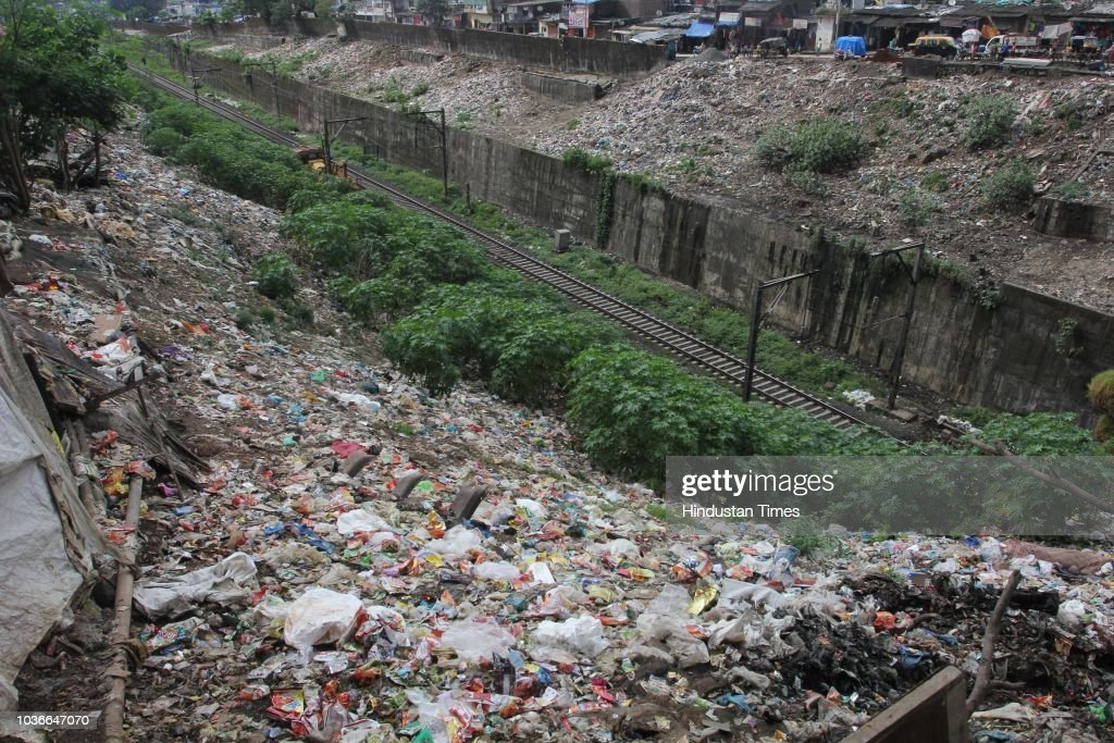 TMC Clean Garbage And Waste Littered In The Parsik Tunnel