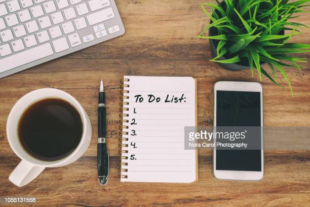 to do list text on note pad - to do list stock pictures, royalty-free photos & images