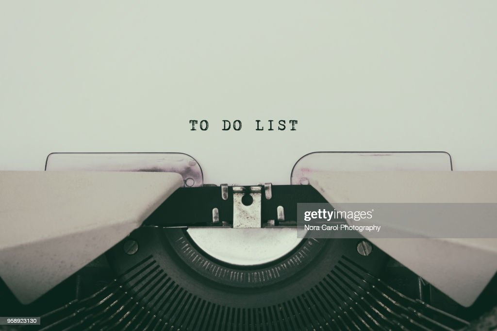 To do list typed on a vintage typewriter : Stock Photo