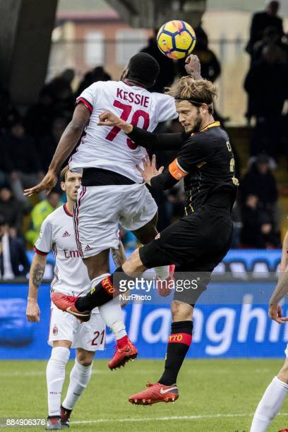 to head Franck Kessie of AC Milan during the Serie A match between Benevento Calcio and AC Milan at Stadio Ciro Vigorito on December 03 2017 in...