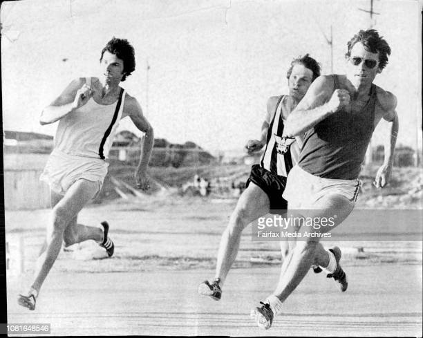 Boris Stcherbina Brand Ingram and Greg Lewis during the mens 200metres Best Six Twilight Meeting as the Hensley Athletic FieldGreg Lewis leads Brad...