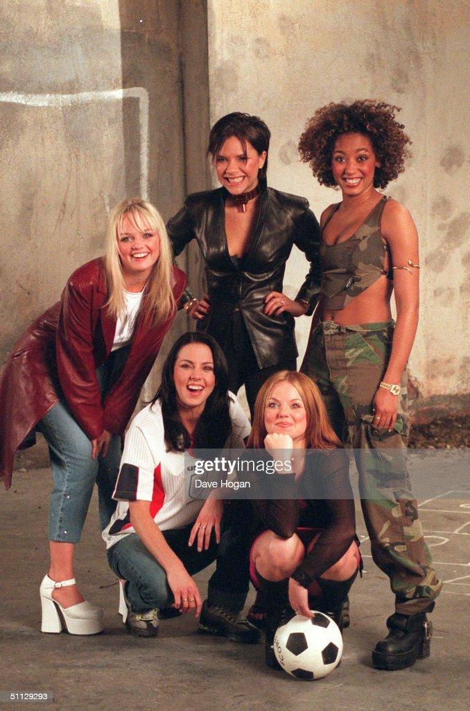 The Spice Girls Films Euro 96 Video : ニュース写真