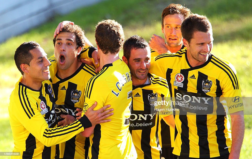 A-League Rd 2 - Wellington v Newcastle
