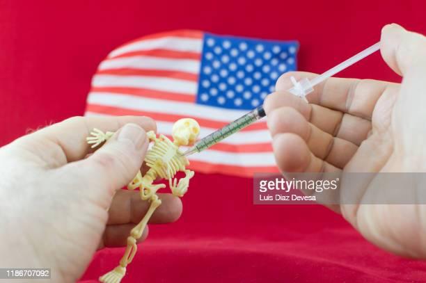 u.s. to resume capital punishment for federal inmates - eutanasia fotografías e imágenes de stock