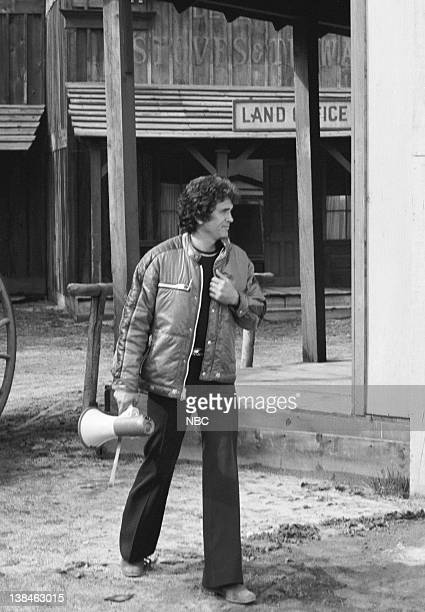 PRAIRIE 'To See the World' Episode 23 Aired Pictured Director Michael Landon as Charles Philip Ingalls