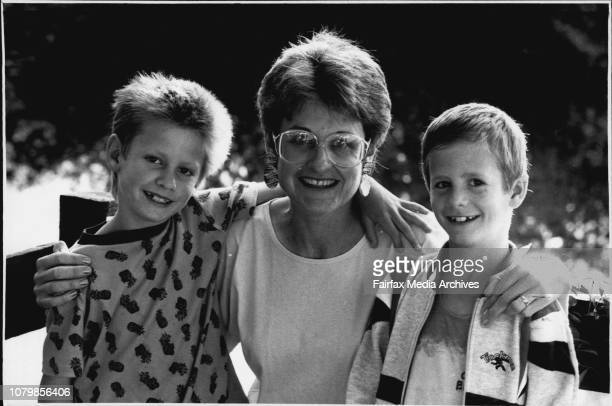 To Spank Or Not To Sank.........Mrs. Sue Le carpenter with her twin boys David and Peter 8yrs........ Who don't....... October 11, 1989. .