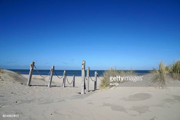 to the beach - friesland noord holland stockfoto's en -beelden
