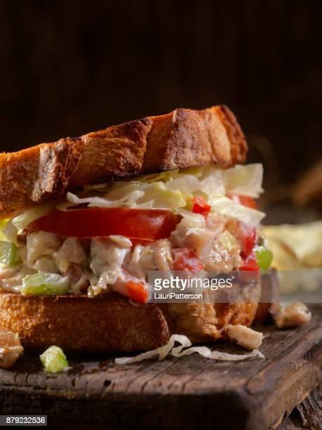 Rostad kyckling sallad smörgås på surdeg