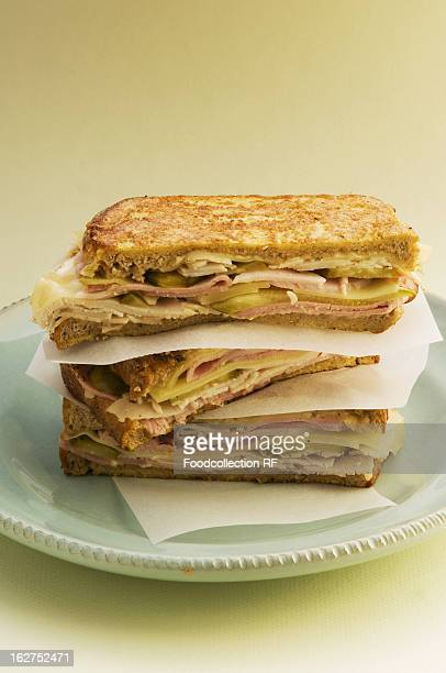 Toasted sandwiches with turkey ham