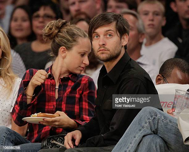 Tobey Maguire attends a game between the Toronto Raptors and the Los Angeles Lakers at Staples Center on November 5 2010 in Los Angeles California