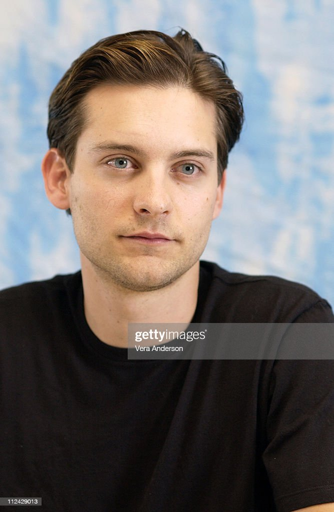 """Seabiscuit"" Press Conference with Tobey Maguire, William H. Macy, Jeff"