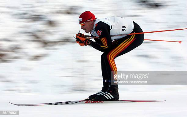 Tobias Angerer of Germanys compete in the men's freestyle 15 kilometre cross country at the FIS World Cup on November 26, 2005 in Kuusamo, Finland.