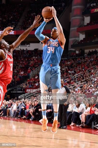Tobias Harris of the LA Clippers shoots the ball against the Houston Rockets on March 15 2018 at the Toyota Center in Houston Texas NOTE TO USER User...