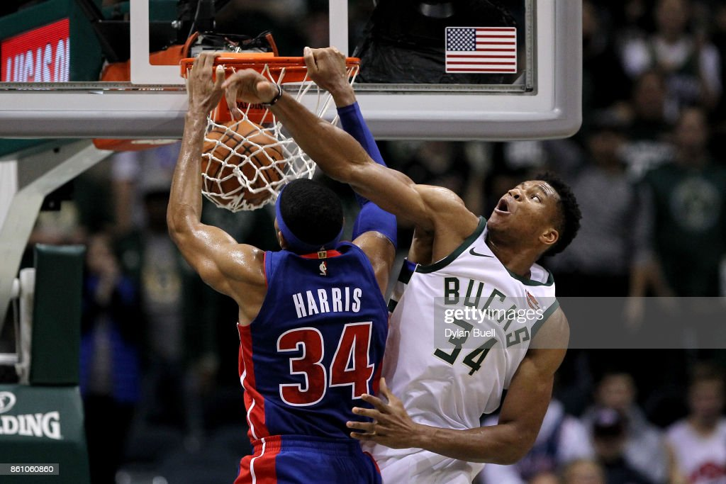 Detroit Pistons v Milwaukee Bucks