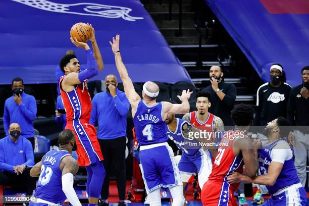 Tobias Harris of the Philadelphia 76ers shoots the go-ahead basket during the fourth quarter against the Los Angeles Lakers at Wells Fargo Center on...
