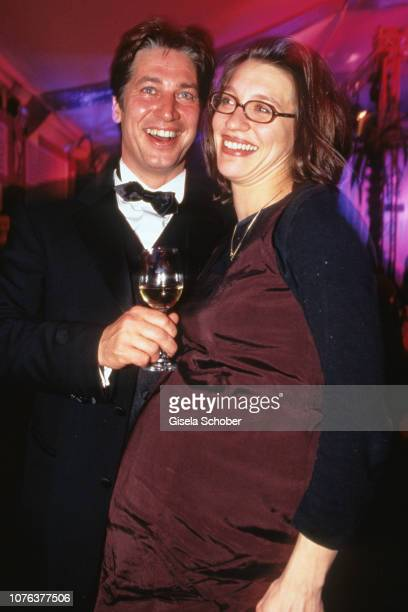 Tobias Moretti and Julia Moretti attend the 'Hahnenkammrennen' in January, 2000 in Kitzbühel, Austria.