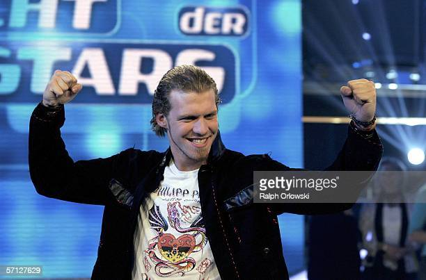 Tobias Regner winner of German singer qualifying contest Deutschland sucht den Superstar or Germany searches for a superstar reacts in a TV studio on...