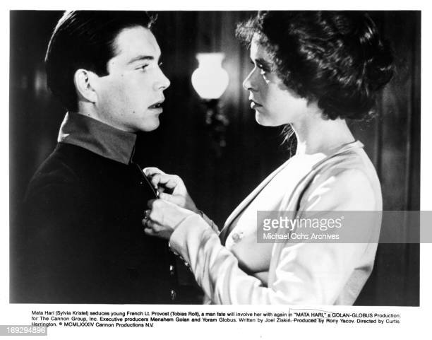 Tobias Rolt is seduced by Sylvia Kristel in a scene from the film 'Mata Hari' 1985