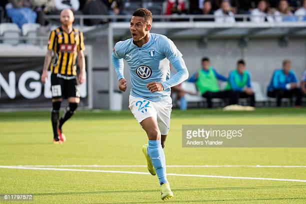 Tobias Sana of Malmo FF celebrate after scoring 24 during the Allsvenskan match between BK Hacken and Malmo FF at Bravida Arena on October 1 2016 in...