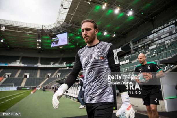 Tobias Sippel of Borussia Moenchengladbach is seen before the Bundesliga match between Borussia Moenchengladbach and VfB Stuttgart at Borussia-Park...