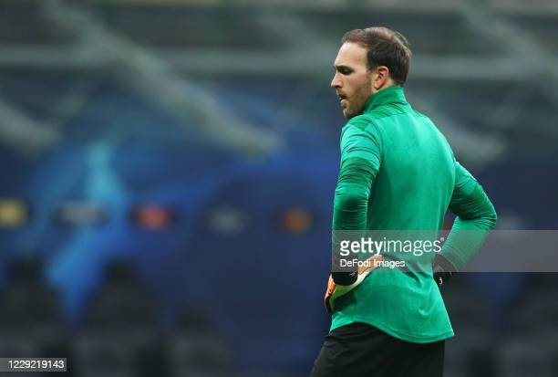 Tobias Sippel of Borussia Monchengladbach looks on prior to the UEFA Champions League Group B stage match between FC Internazionale and Borussia...