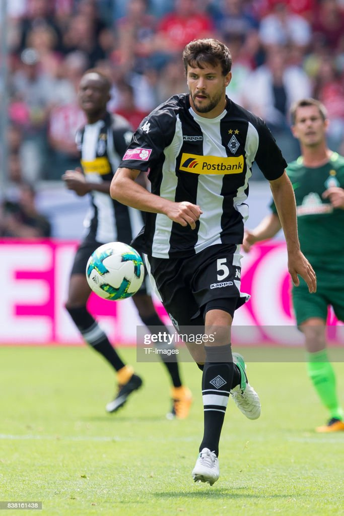 Tobias Strobl of Gladbach controls the ball during the Telekom Cup 2017 match between Borussia Moenchengladbach and Werder Bremen at on July 15, 2017 in Moenchengladbach, Germany.