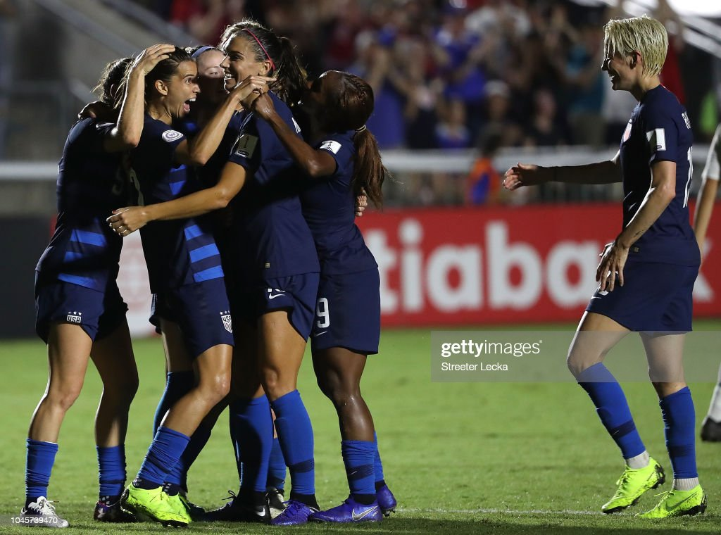 United States v Mexico: Group A - CONCACAF Women's Championship : News Photo