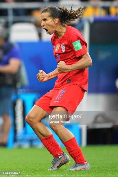 Tobin Heath of the USA celebrates Lindsey Horan's goal during the 2019 FIFA Women's World Cup France group F match between USA and Thailand at Stade...