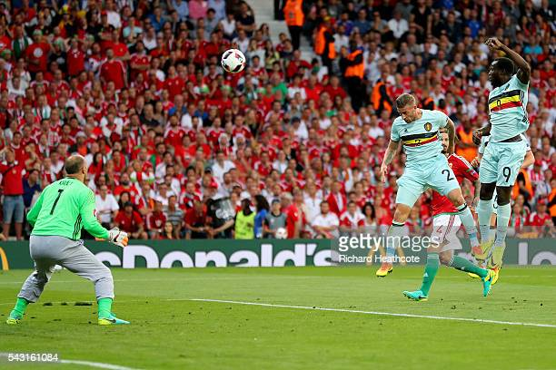 Toby Alderweireld of Belgium heads the ball to score the opening goal during the UEFA EURO 2016 round of 16 match between Hungary and Belgium at...