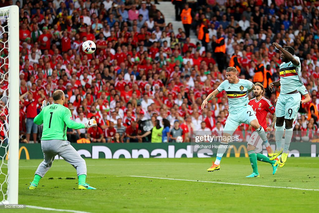 Toby Alderweireld (3rd R) of Belgium heads the ball to score the opening goal past Gabor Kiraly (1st L) of Hungary during the UEFA EURO 2016 round of 16 match between Hungary and Belgium at Stadium Municipal on June 26, 2016 in Toulouse, France.