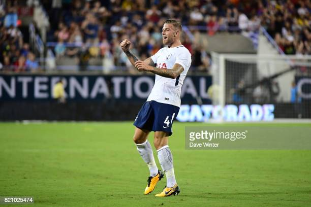 Toby Alderweireld of Spurs puts his side 32 ahead during the International Champions Cup match between Paris Saint Germain and Tottenham Hotspur on...