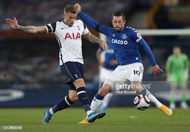 Toby Alderweireld of Tottenham Hotspur battles for possession with Gylfi Sigurdsson of Everton during the Premier League match between Everton and...