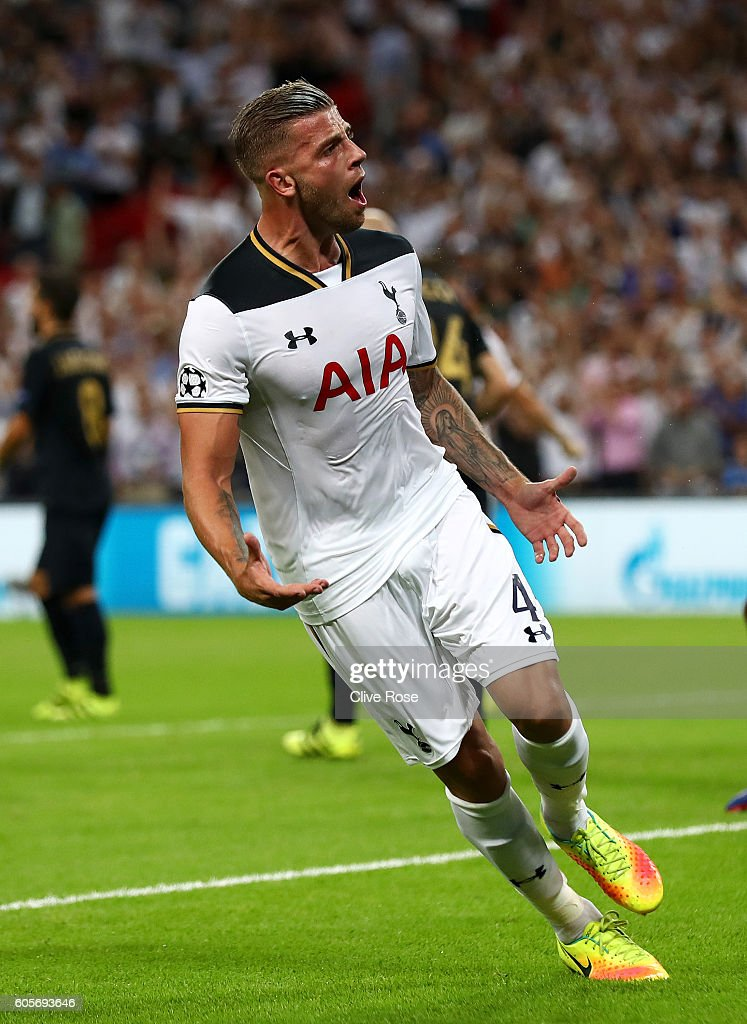 Toby Alderweireld of Tottenham Hotspur celebrates scoring his sides first goal during the UEFA Champions League match between Tottenham Hotspur FC and AS Monaco FC at Wembley Stadium on September 14, 2016 in London, England.