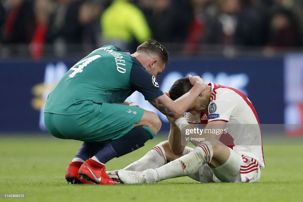 "UEFA Champions League""Ajax v Tottenham Hotspur FC"" : News Photo"