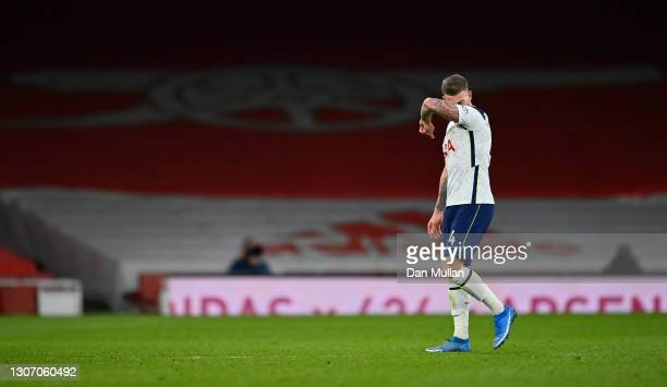 Toby Alderweireld of Tottenham Hotspur looks dejected after the Premier League match between Arsenal and Tottenham Hotspur at Emirates Stadium on...