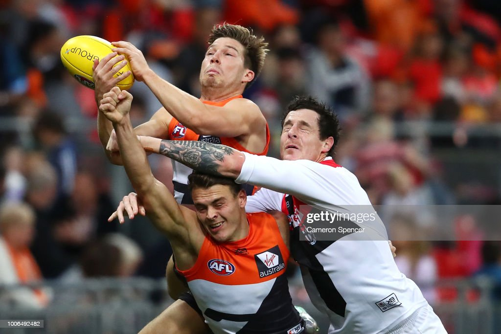 Toby Greene of the Giants attempts to mark over the pack during the round 19 AFL match between the Greater Western Sydney Giants and the St Kilda Saints at Spotless Stadium on July 28, 2018 in Sydney, Australia.